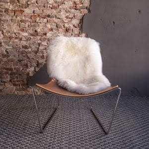 Afrit 29 - Appel AT LG fauteuil - aanzicht voor - schaap wit